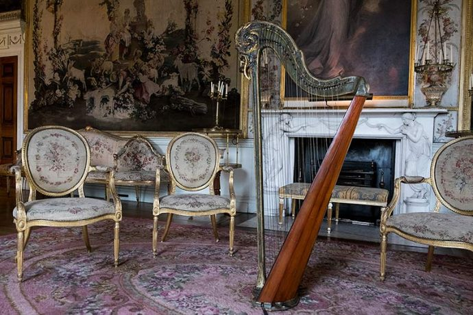 Harp inside one of the rooms in Inveraray Castle