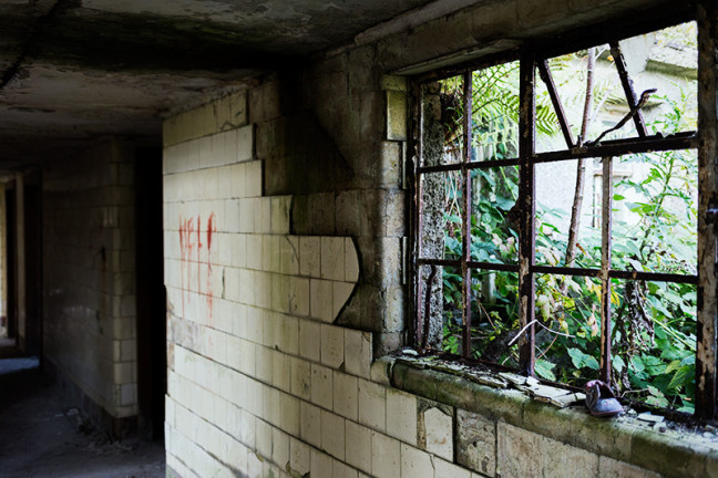 abandoned_building_photograph_17