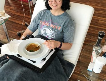 My third day of Lyme Disease treatment at Infusio, Frankfurt. Infusio serve delicious soups each day but-- on this day-- I had little appetite.
